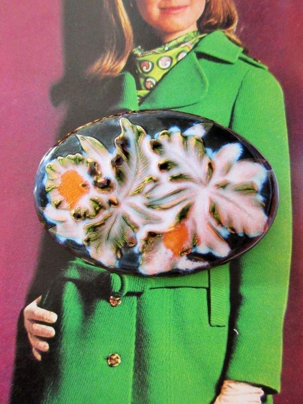 画像1: 七宝焼きのお花柄ブローチ