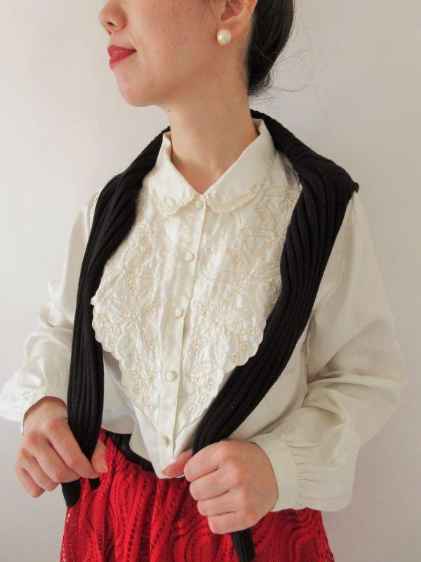 画像1: 【光沢と刺繍の高級感*】シルク刺繍ブラウス