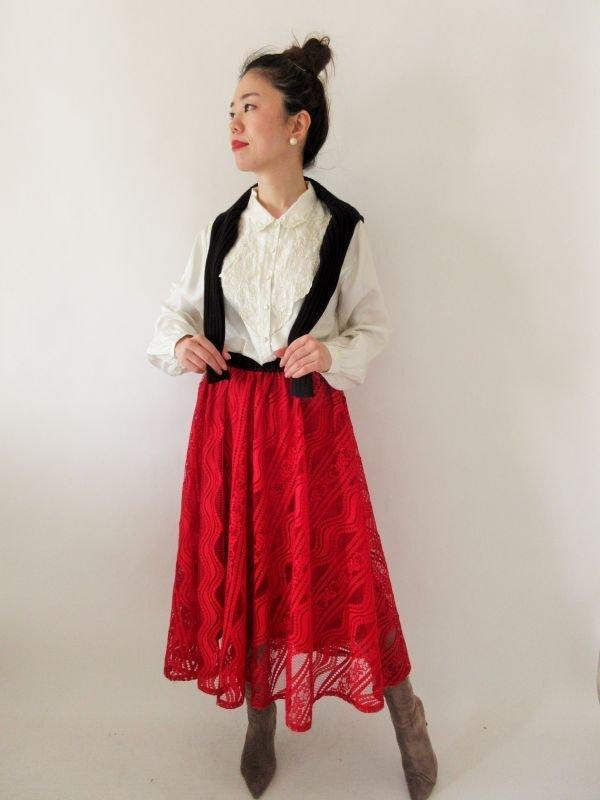画像2: 【光沢と刺繍の高級感*】シルク刺繍ブラウス